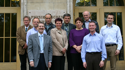 Die Gründungsmitglieder des Alumni-Vereins der PAF