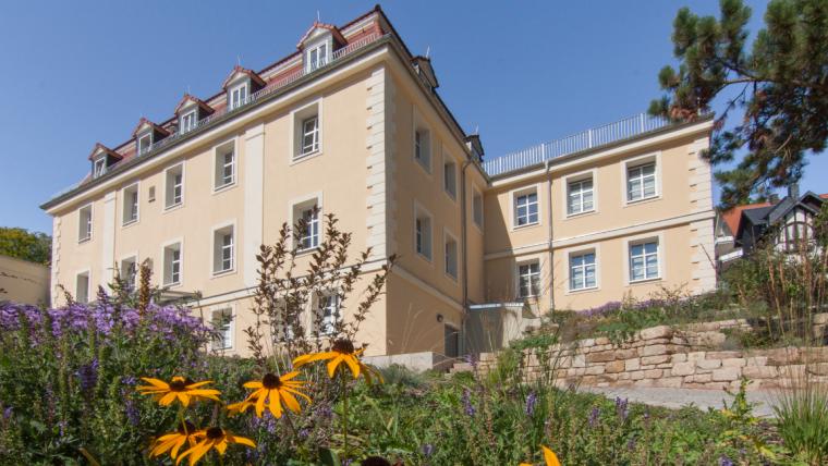 Institutsgebäude des HI Jena